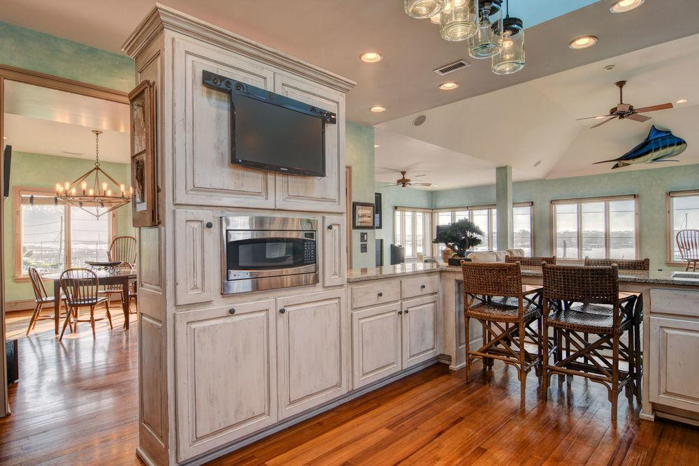Custom Coastal design in wrightsville beach luxury homes