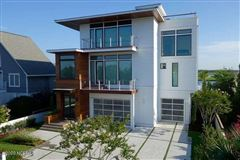 contemporary deep waterway home luxury real estate