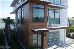 contemporary deep waterway home luxury properties