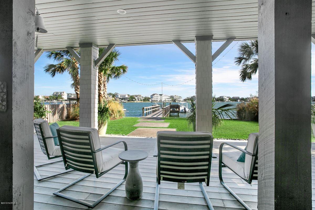 Luxury homes waterfront masterpiece in wrightsville beach
