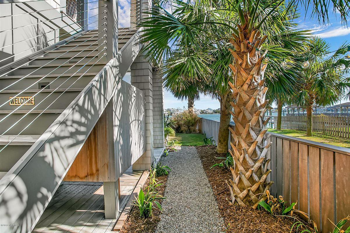 waterfront masterpiece in wrightsville beach luxury homes