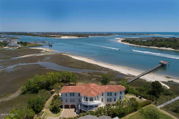 Luxury real estate extraordinary Intracoastal-front estate