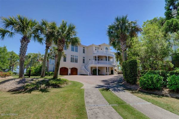 Mansions extraordinary Intracoastal-front estate