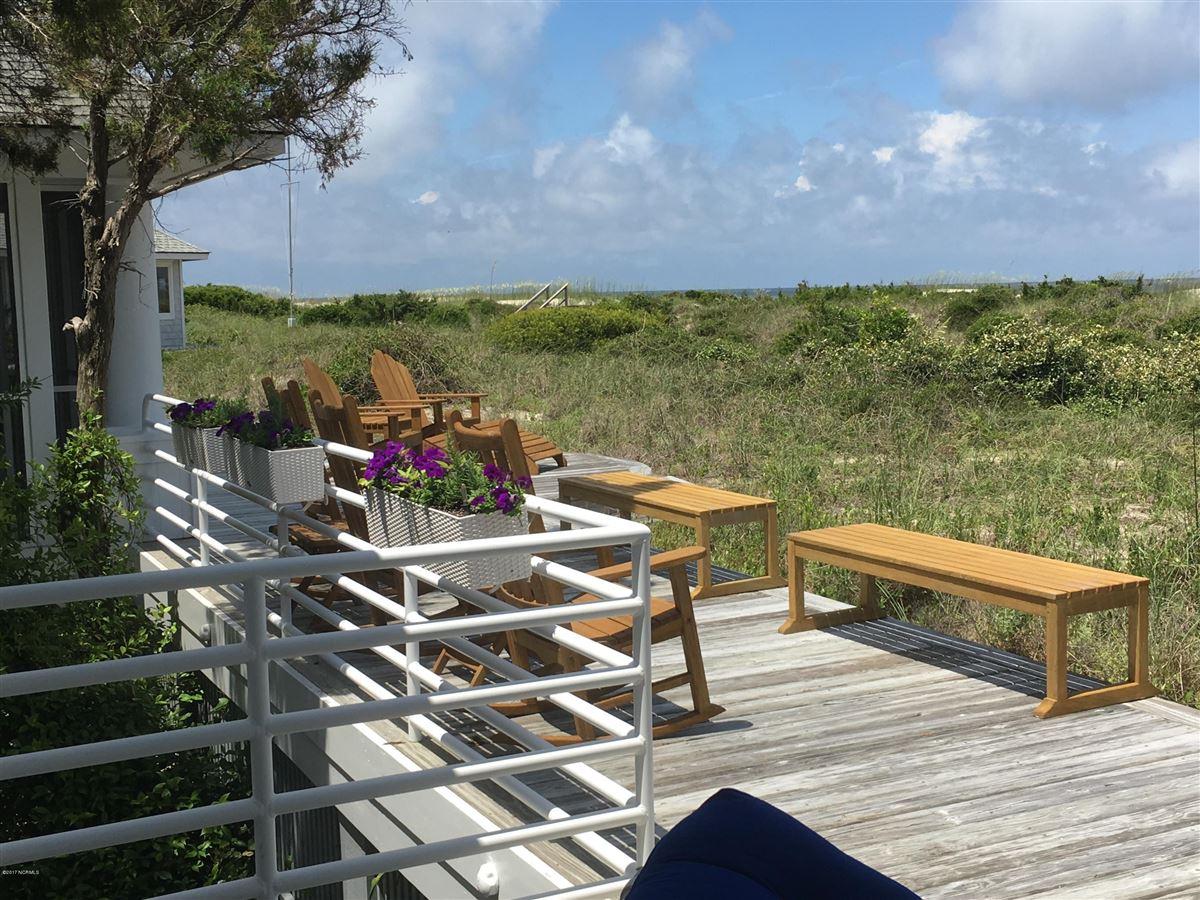Luxury properties Cape Fear Trail residence