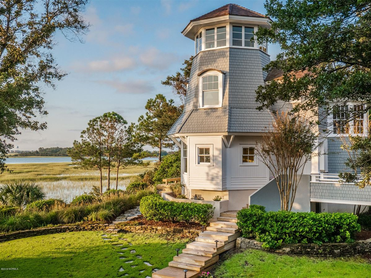 most spectacular waterfront property  luxury real estate