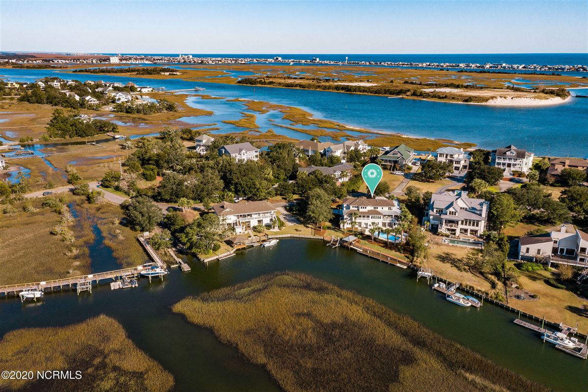Luxury properties Waterfront estate