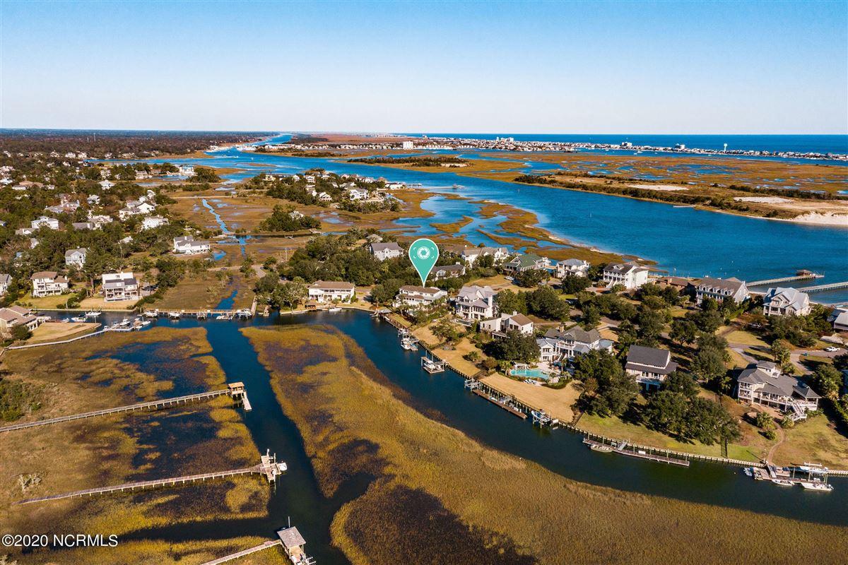 Waterfront estate mansions