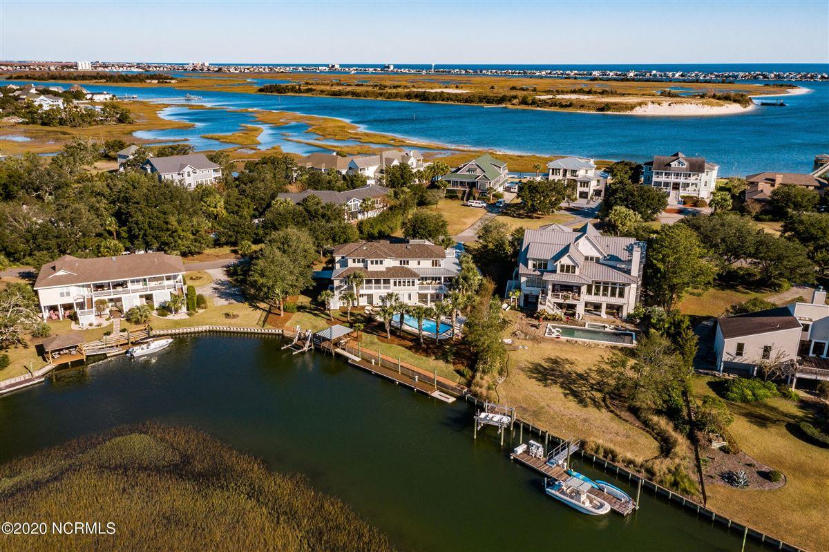 Luxury real estate Waterfront estate