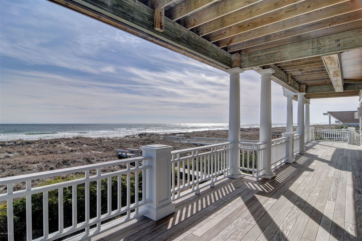 Mansions oceanfront home located on the north end of Figure Eight
