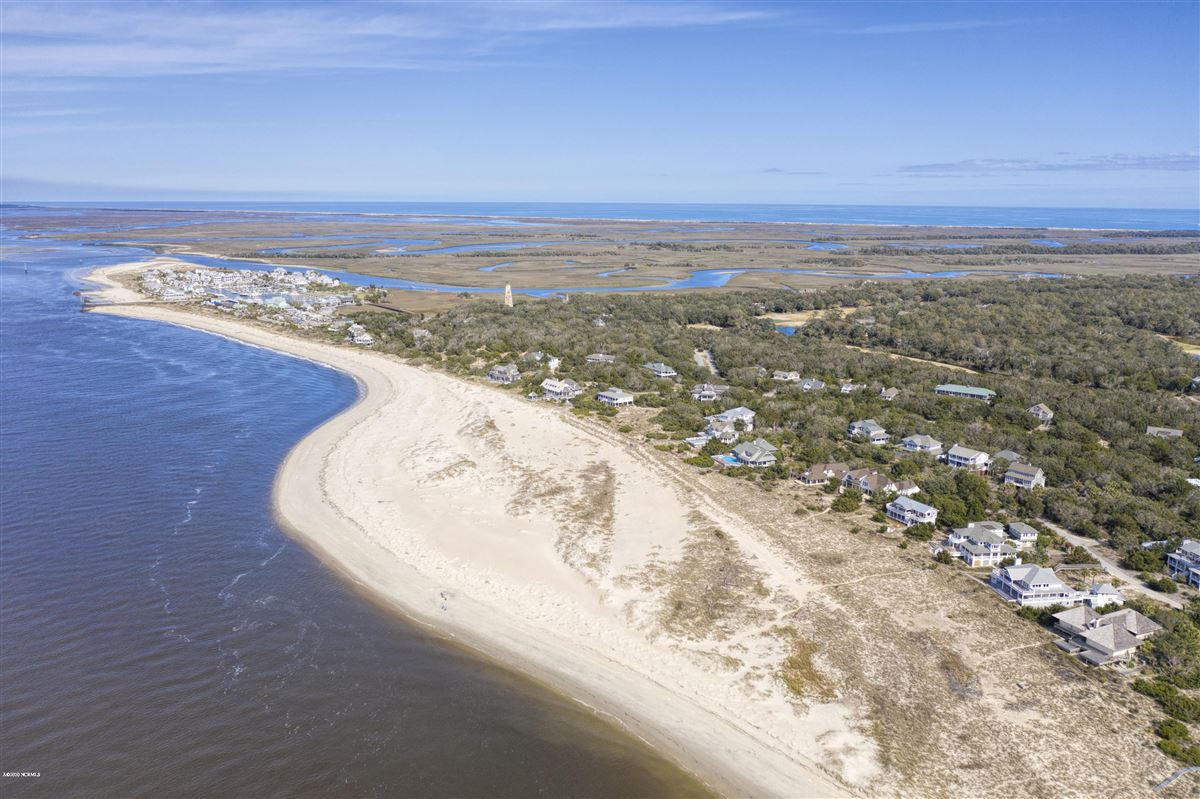 Expansive views of the Cape Fear River  luxury properties