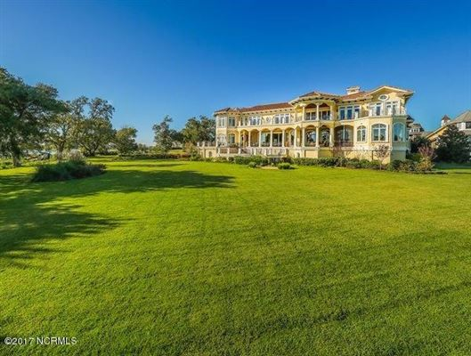 spectacular Mediterranean design Overlooking the Intracoastal luxury real estate