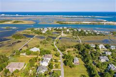 Luxury homes A boaters paradise on desirable Towles Rd