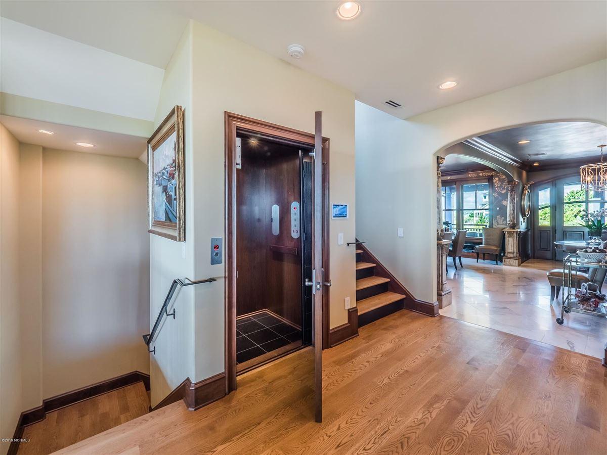 spectacular oceanfront residence luxury properties