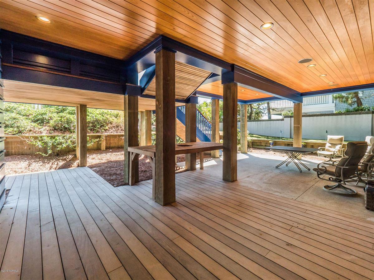 Luxury properties spectacular oceanfront residence