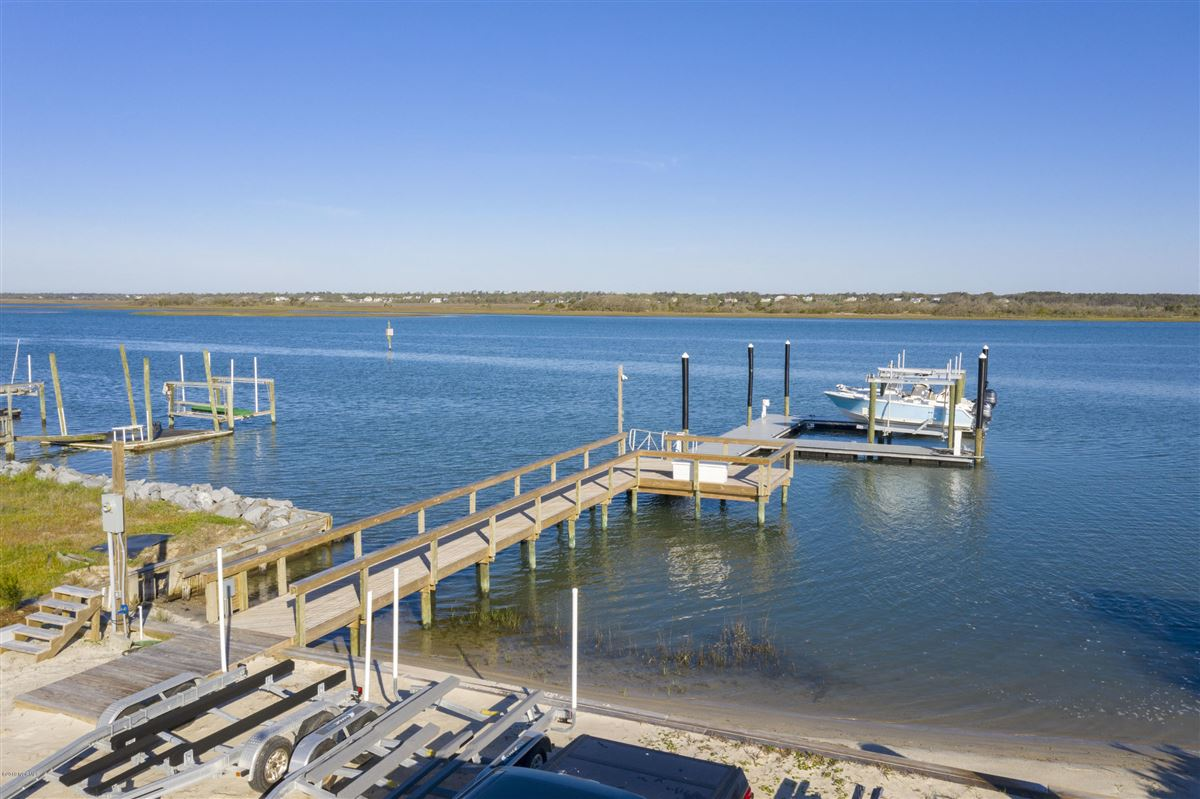 Luxury properties rare waterfront property