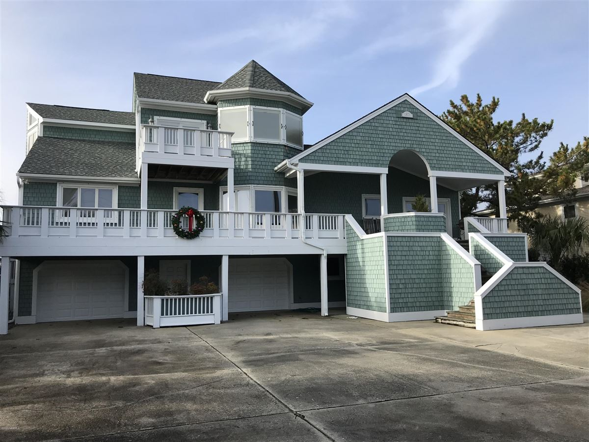 Luxury homes Great soundfront home with dock