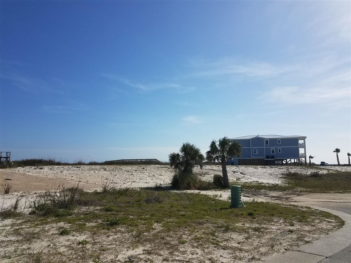 oceanfront lot luxury real estate