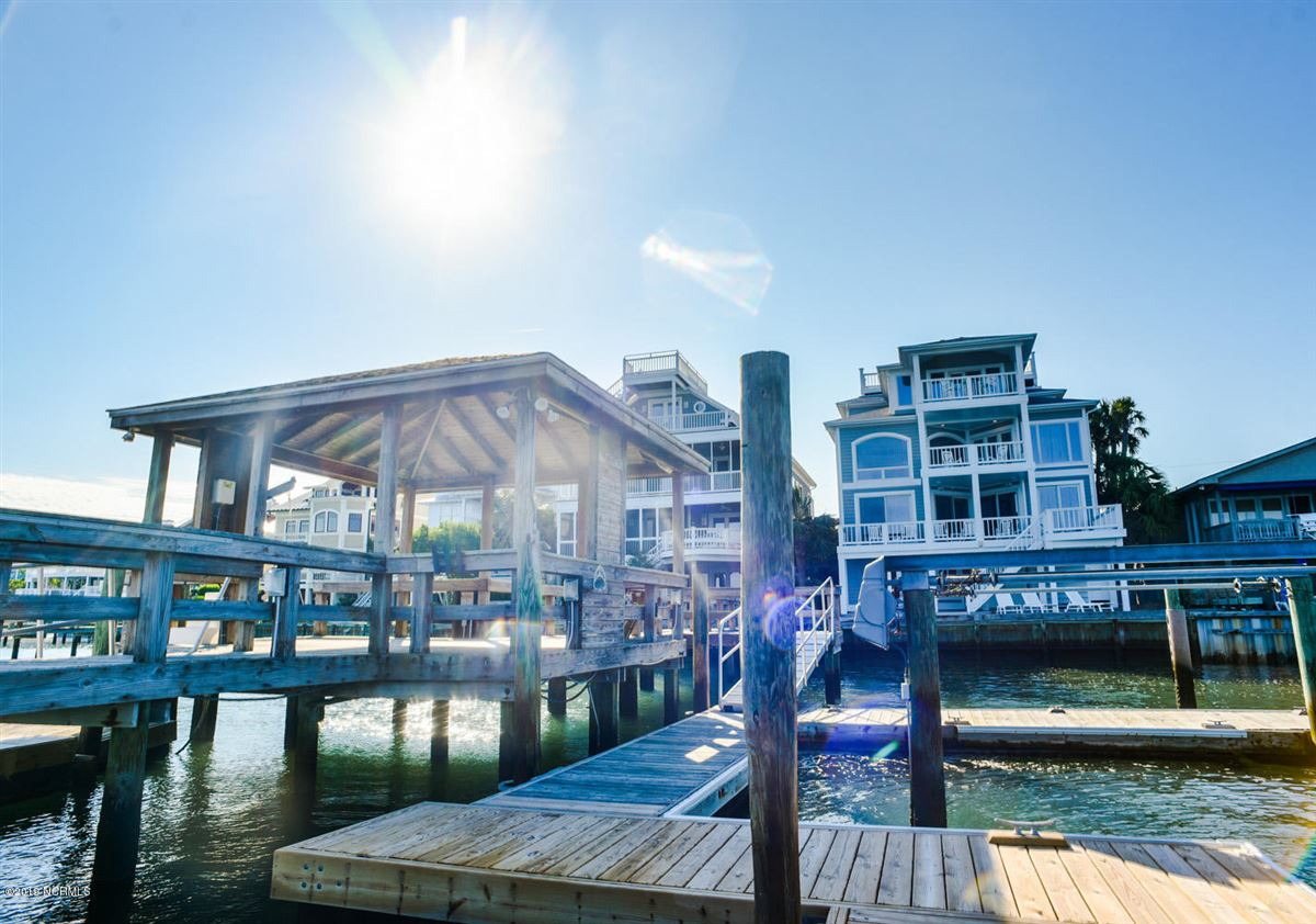 Luxury homes newly renovated waterfront south end home