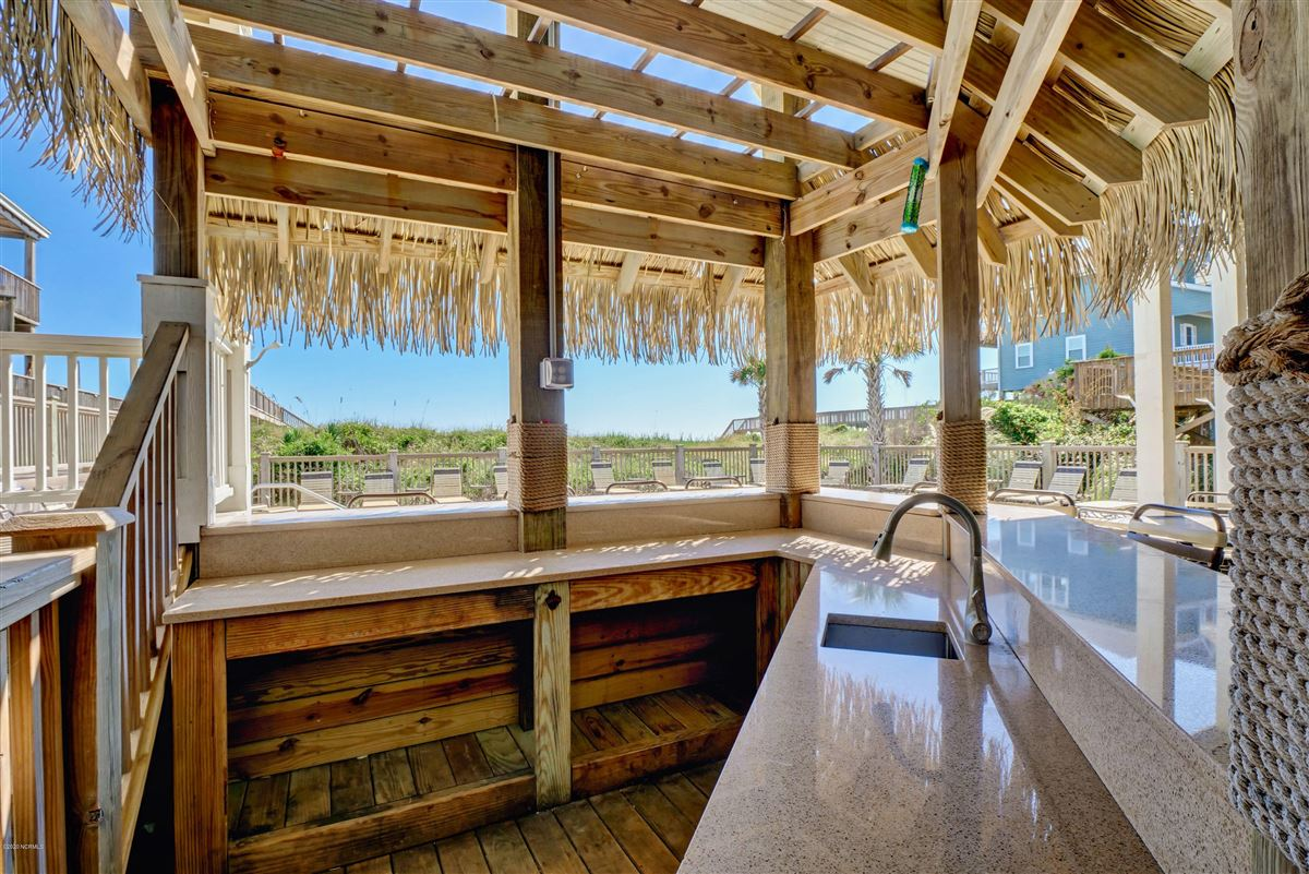 Spectacular oceanfront beach house luxury real estate