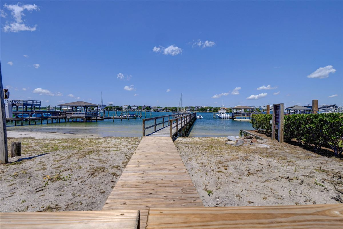 get the best of what Wrightsville Beach has to offer luxury properties