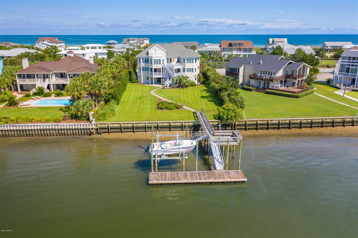 magnificent six bedroom waterfront home luxury real estate