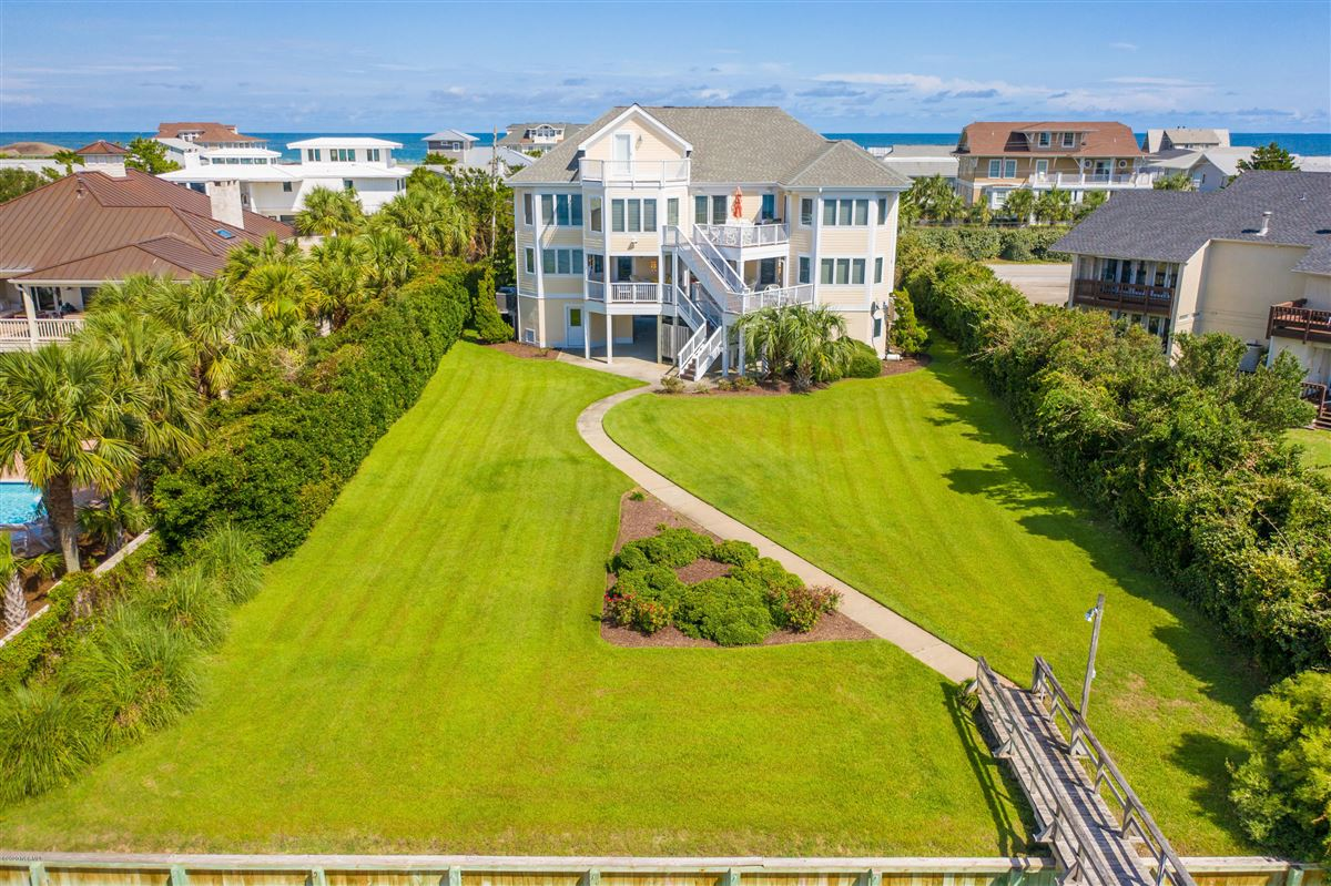 Luxury properties magnificent six bedroom waterfront home