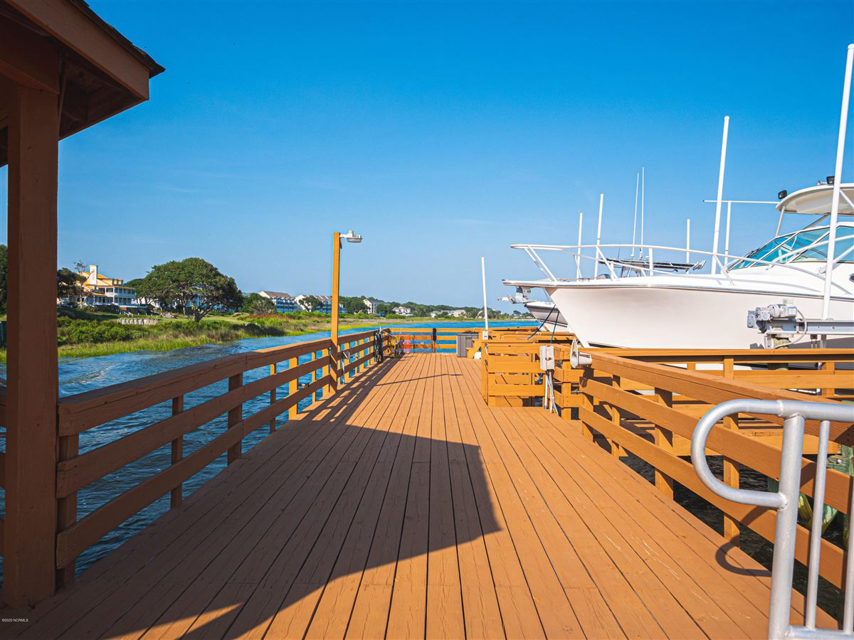 Luxury properties Incredible Intracoastal Waterway views