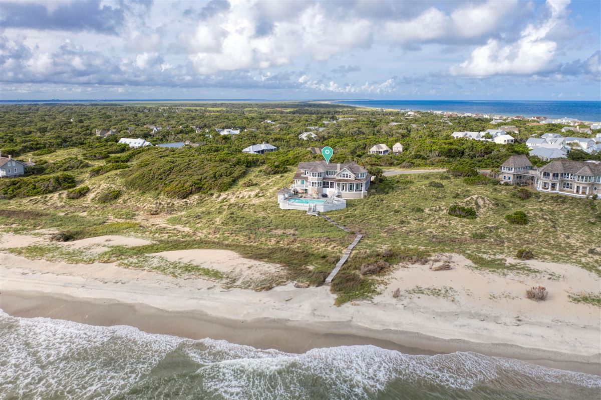 Luxury homes truly rare oceanfront opportunity
