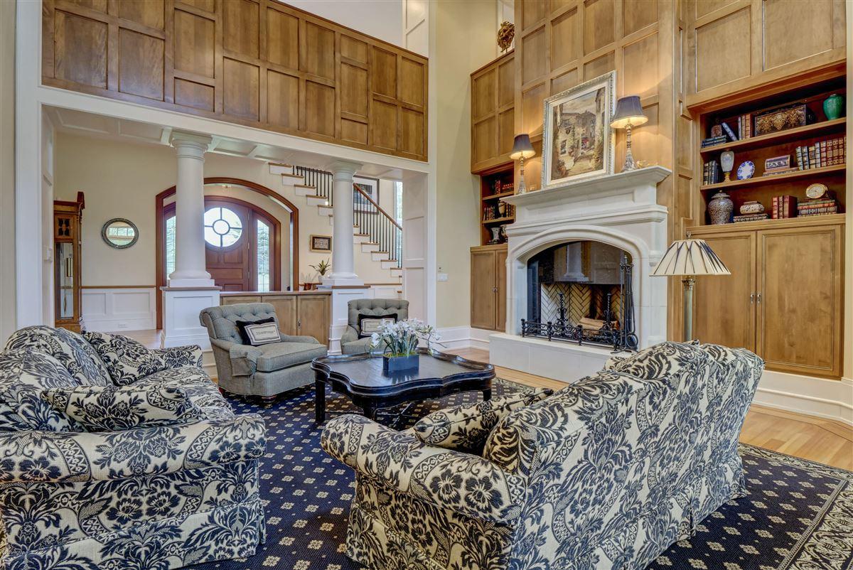 property in Landfalls estate neighborhood luxury properties