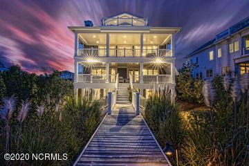 Mansions immaculate oceanfront