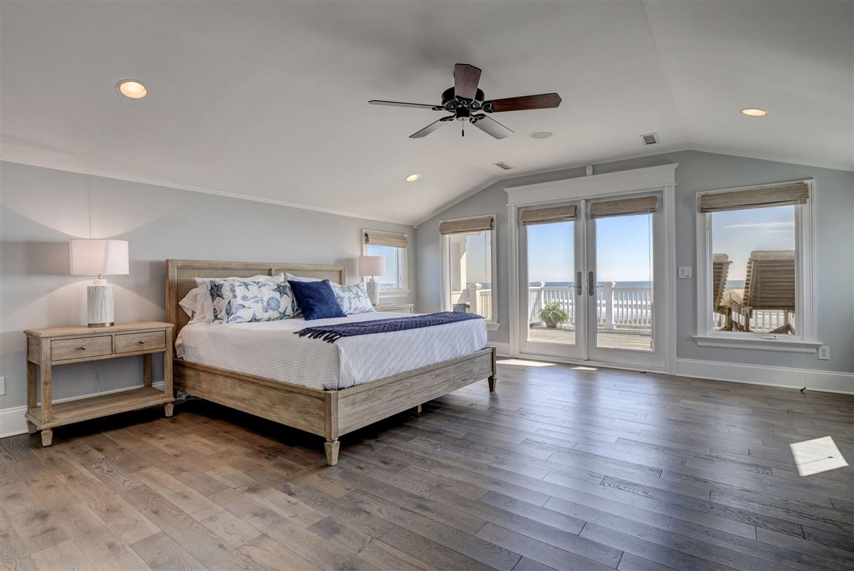 Luxury real estate immaculate oceanfront
