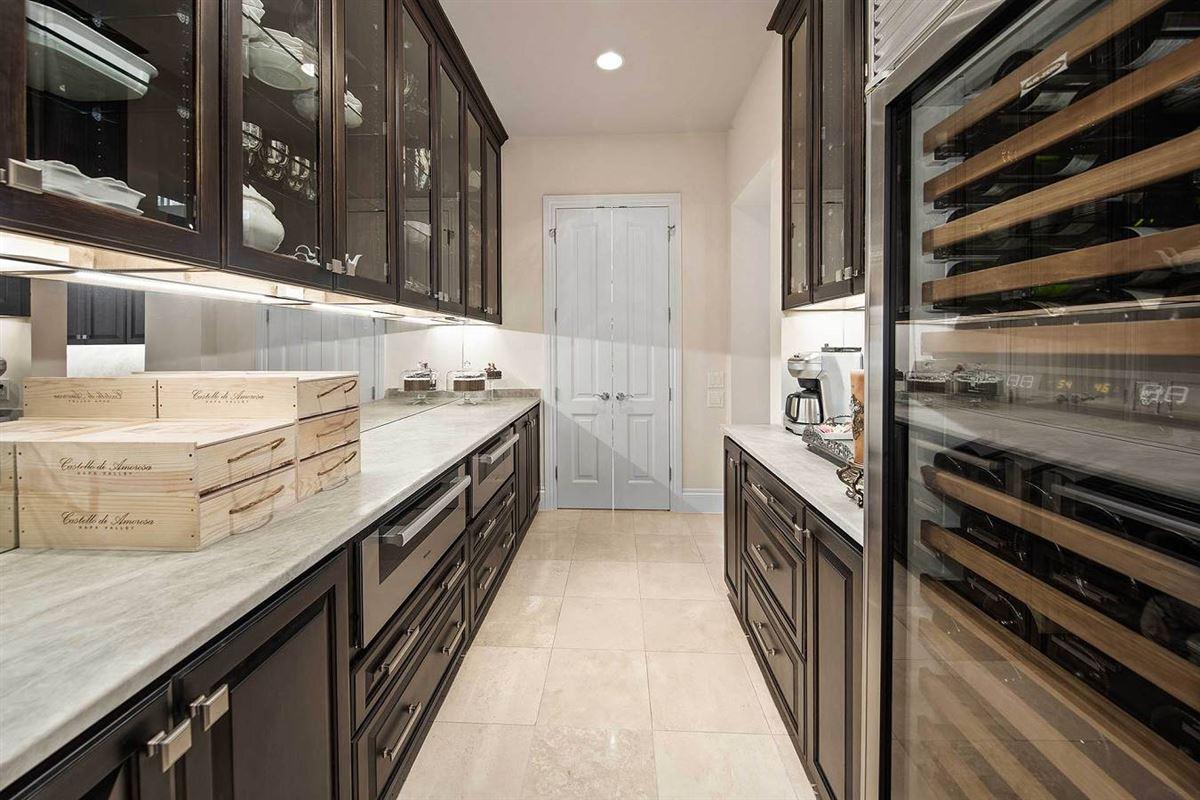 Luxury homes in unprecedented beauty and amenities in San Antonio