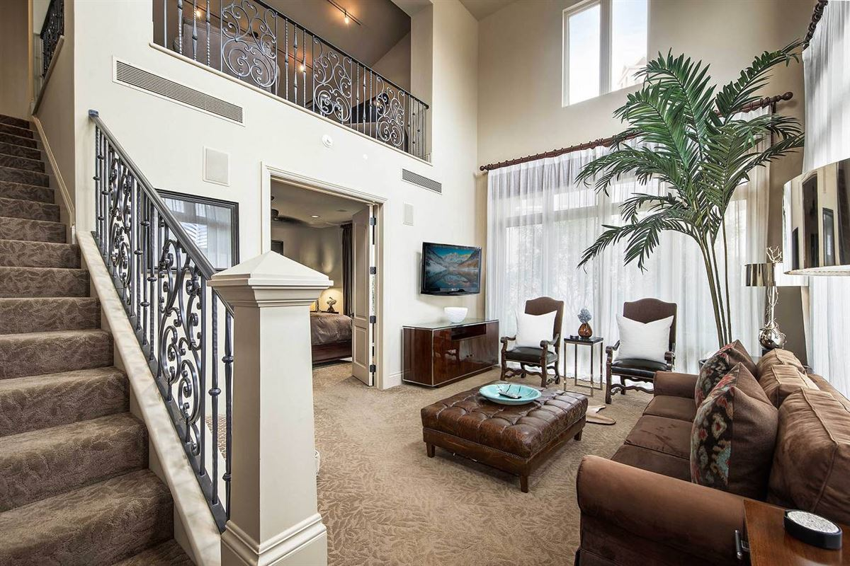 Luxury real estate unprecedented beauty and amenities in San Antonio