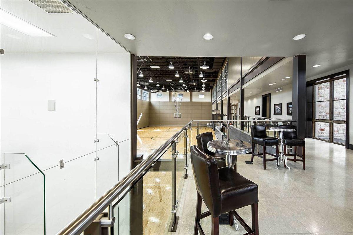 Luxury properties unprecedented beauty and amenities in San Antonio