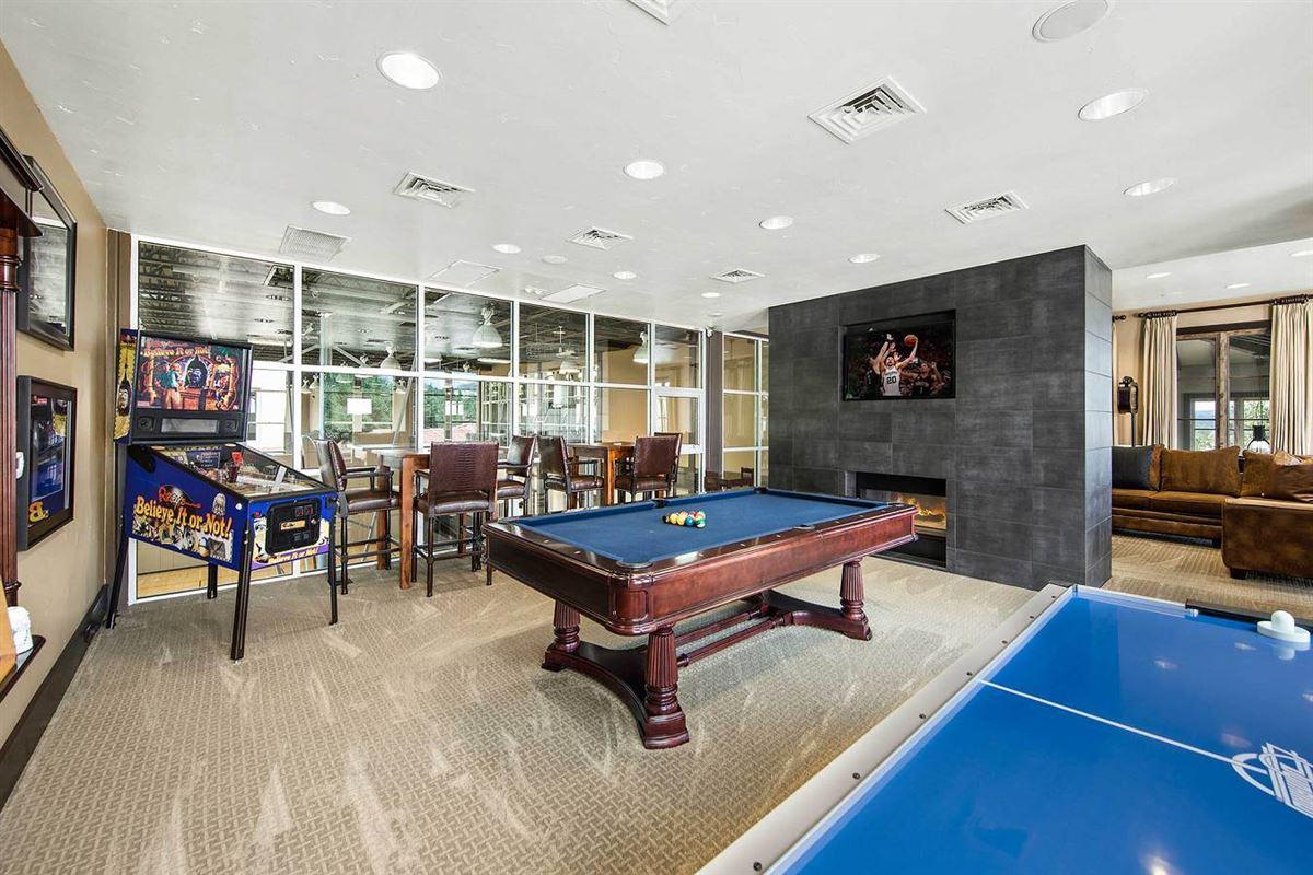 Mansions in unprecedented beauty and amenities in San Antonio