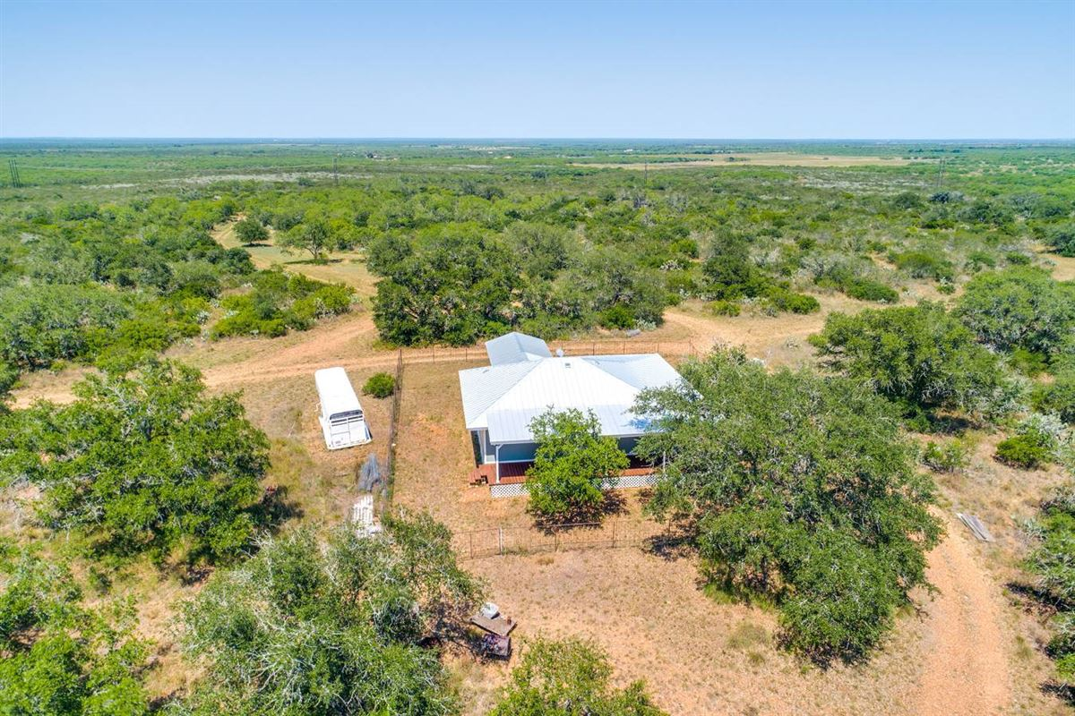 special rolling 230 acre property luxury homes
