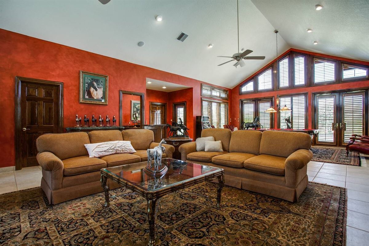 Mansions in Double Diamond Ranch in boerne