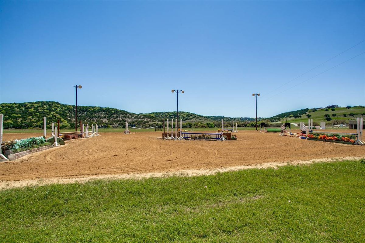 Luxury properties Double Diamond Ranch in boerne