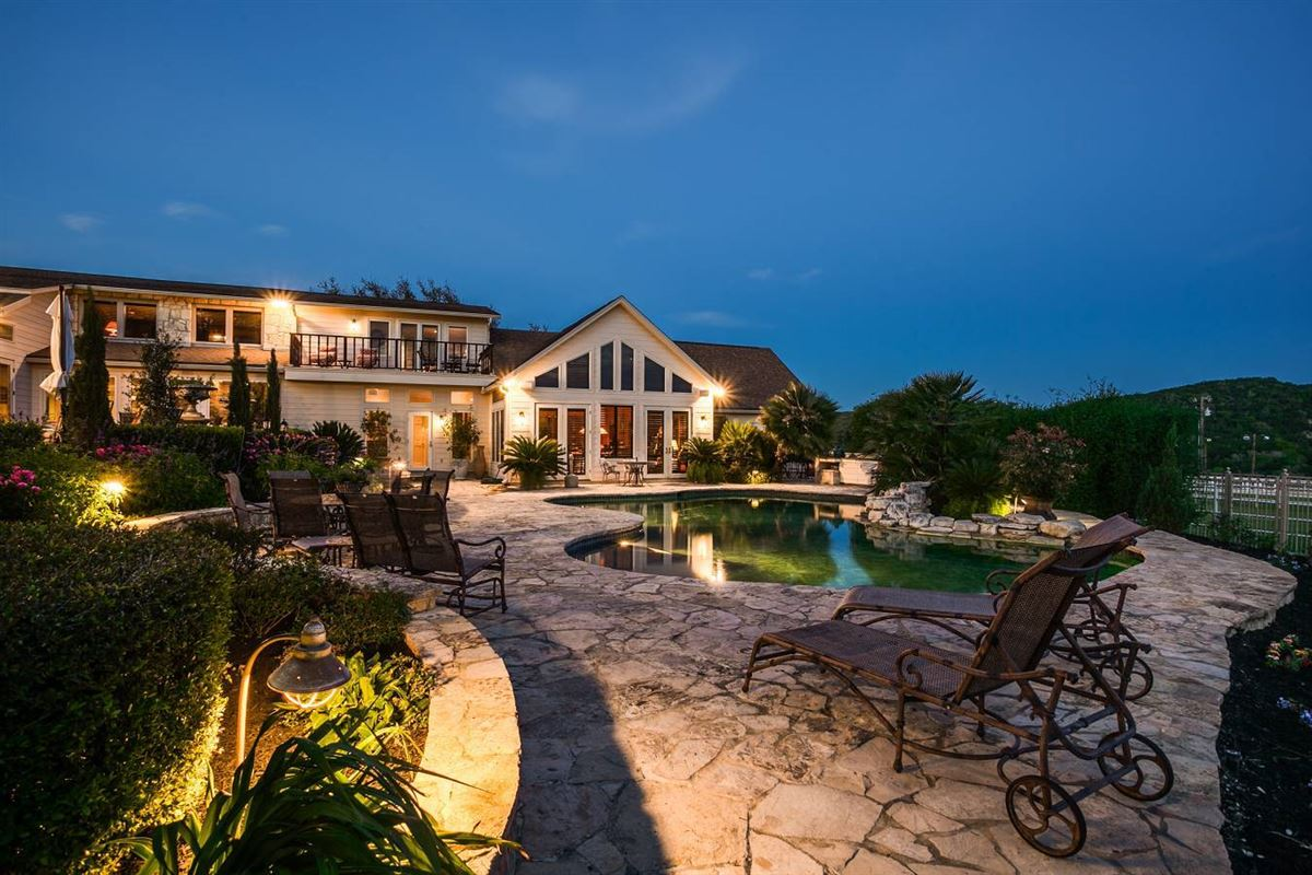 Double Diamond Ranch in boerne luxury properties