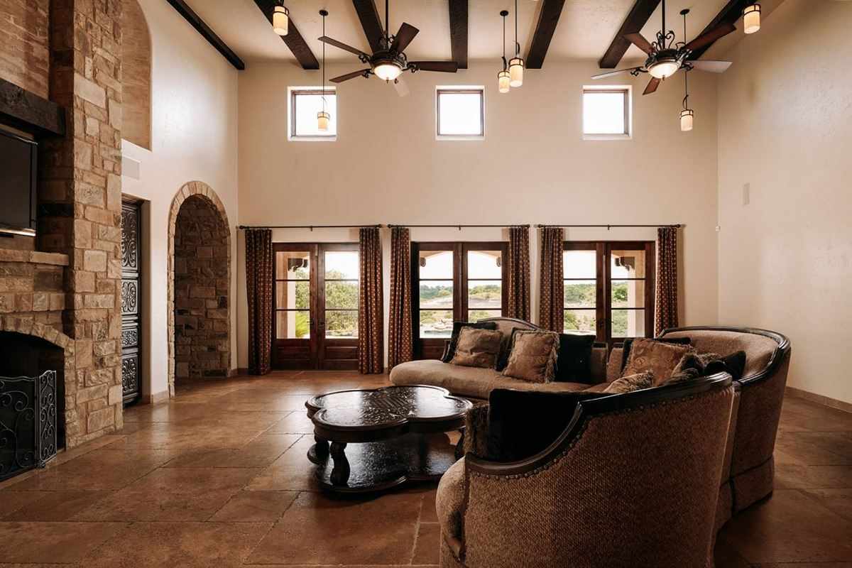 Mansions masterfully designed estate on 64 acres