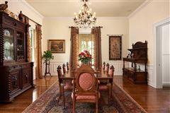 Terrell Hills grandeur luxury properties