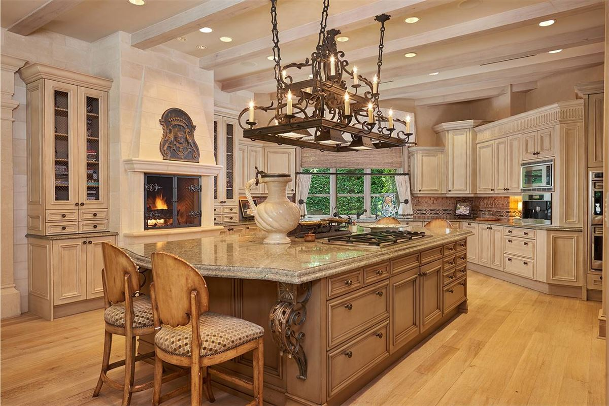 Mansions in a defining achievement in Terrell Hills