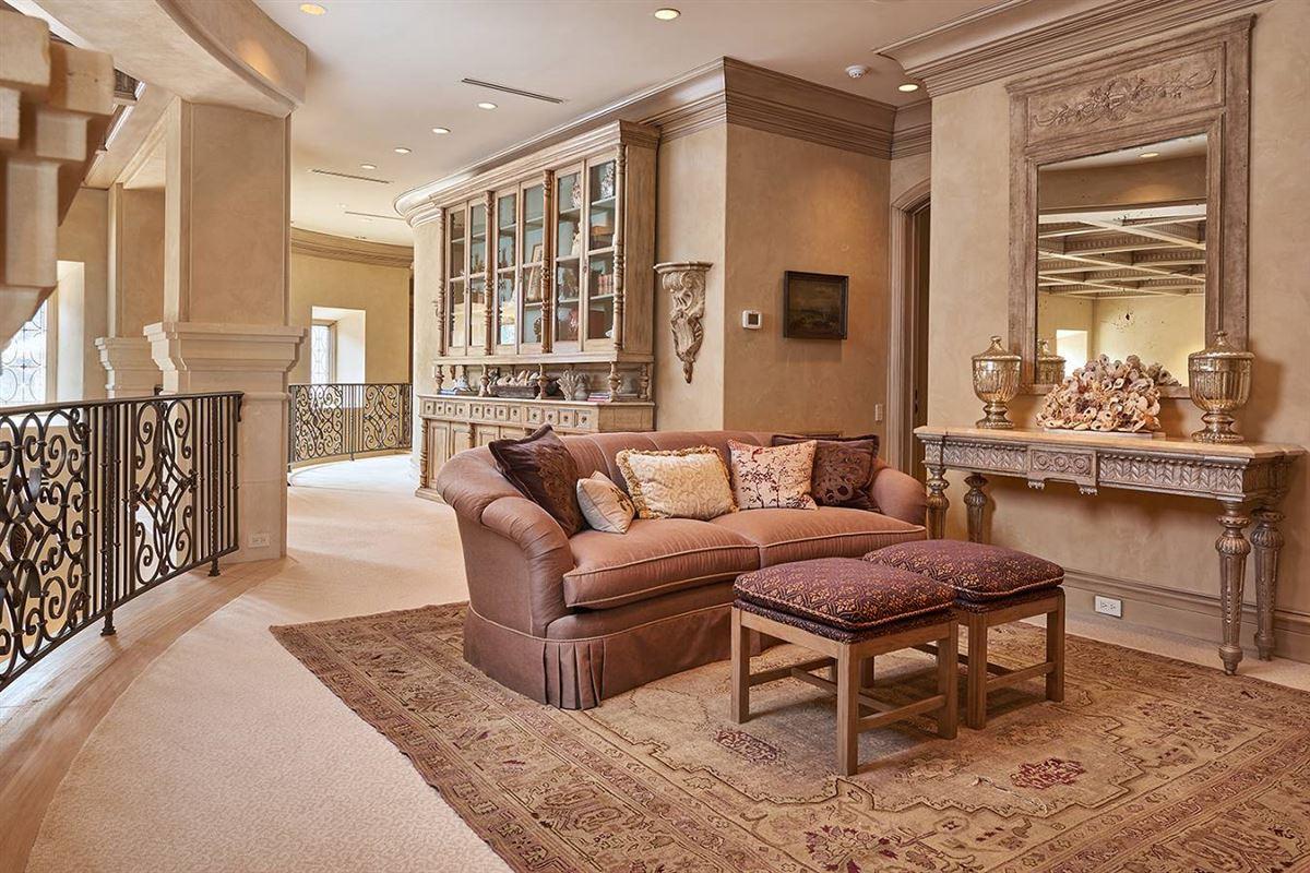 a defining achievement in Terrell Hills luxury properties