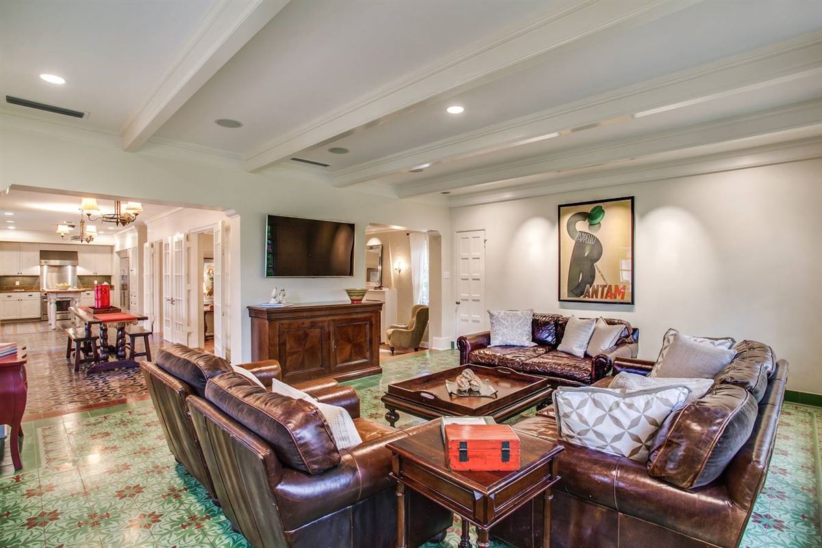 1920s home in an ideal location luxury properties