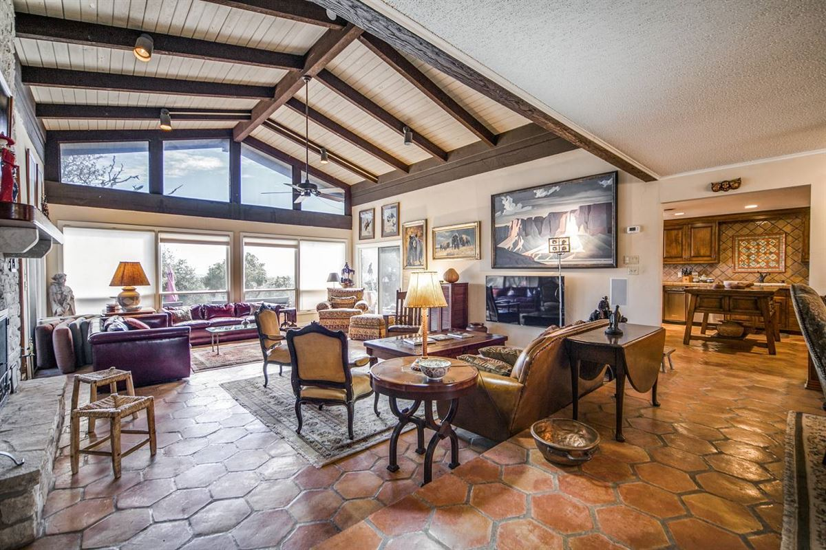 Mansions approximately 25 acres of fantastic Hill Country living