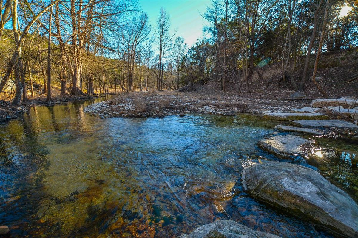 Luxury properties approximately 25 acres of fantastic Hill Country living
