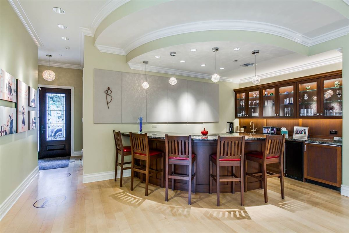 truly unforgettable trophy property luxury homes