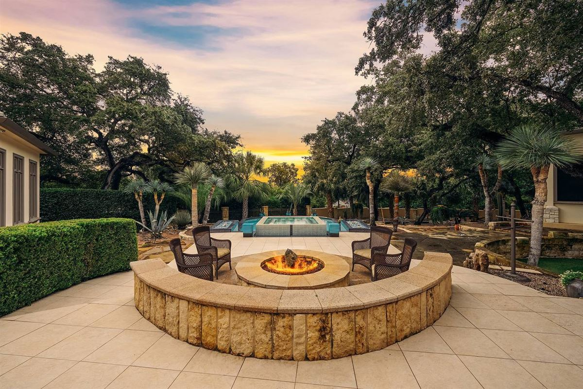 truly unforgettable trophy property luxury real estate