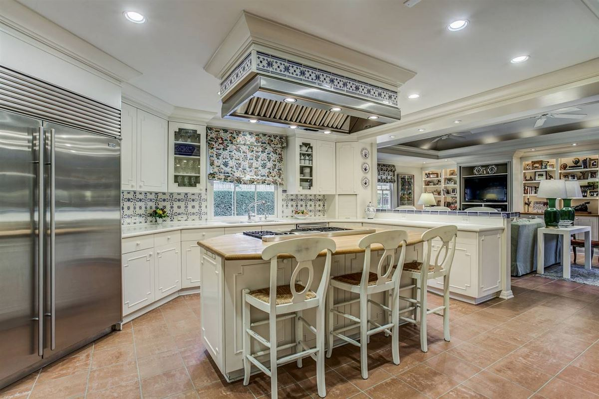 exceptional historic estate in terrell hills mansions