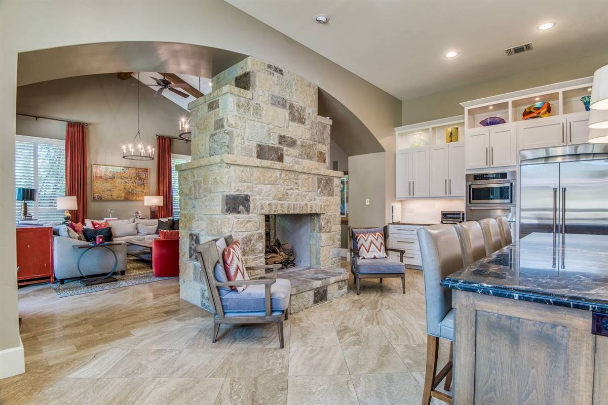 modern contemporary home  luxury properties